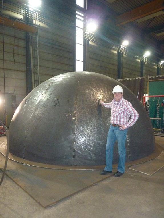 Halve-bol-5000mm-Plaatijzerindustrie-Piet-Scholtanus-samenstellen-9