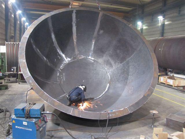 Halve-bol-5000mm-Plaatijzerindustrie-lassen-1