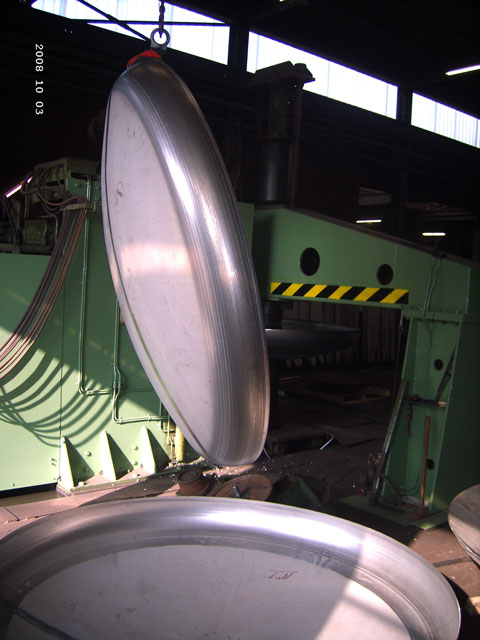 Klopperbodem-Din-28011-plaatijzerindustrie