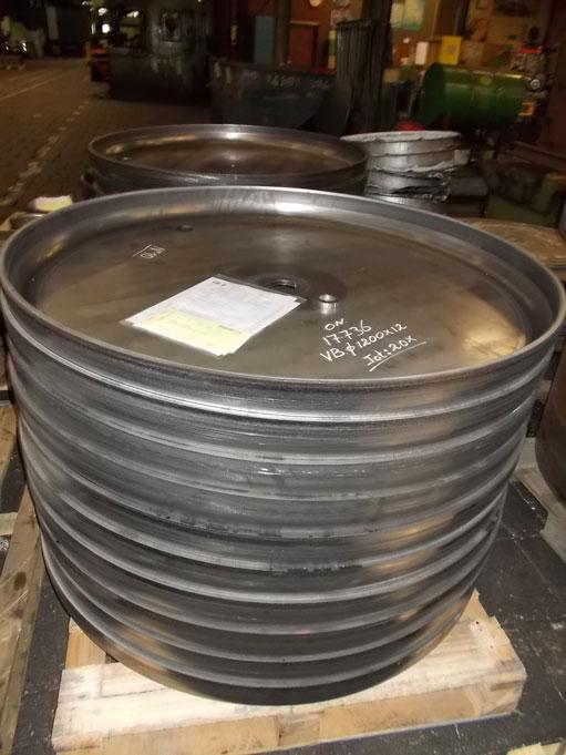 Vlakke-bodem-1200x12-S235JRG2-De-Plaatijzerindustrie